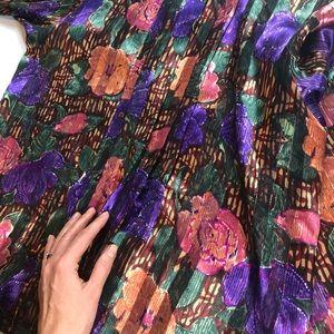 christie&jill Tops - Christie&Jill  floral pleated blouse (C3)